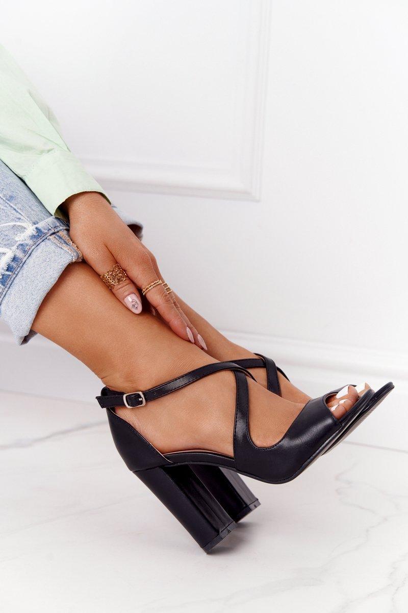 Elegant Sandals On A Block Heel Black Jemma