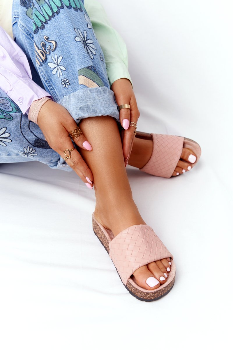 Leather Slippers On The Cork Sole Light Pink Catalina