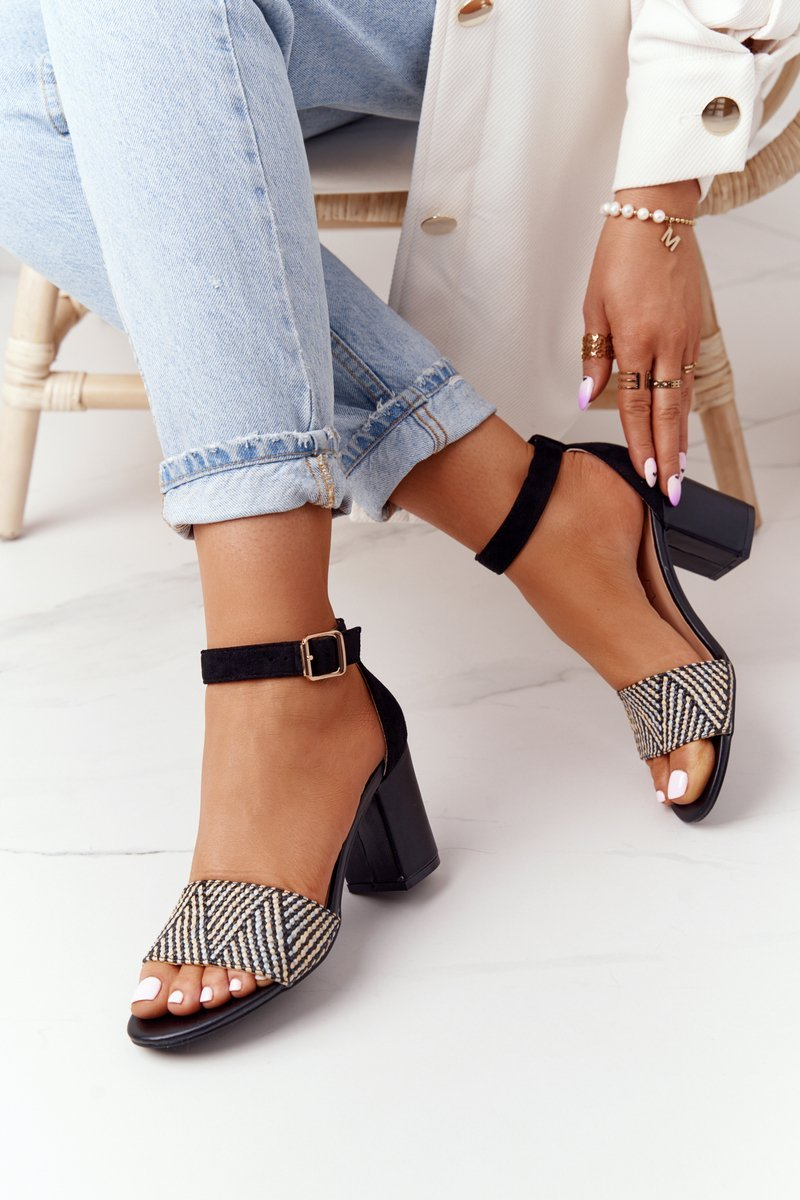 Sandals With Braided Upper On A Bar Black Honeymoon