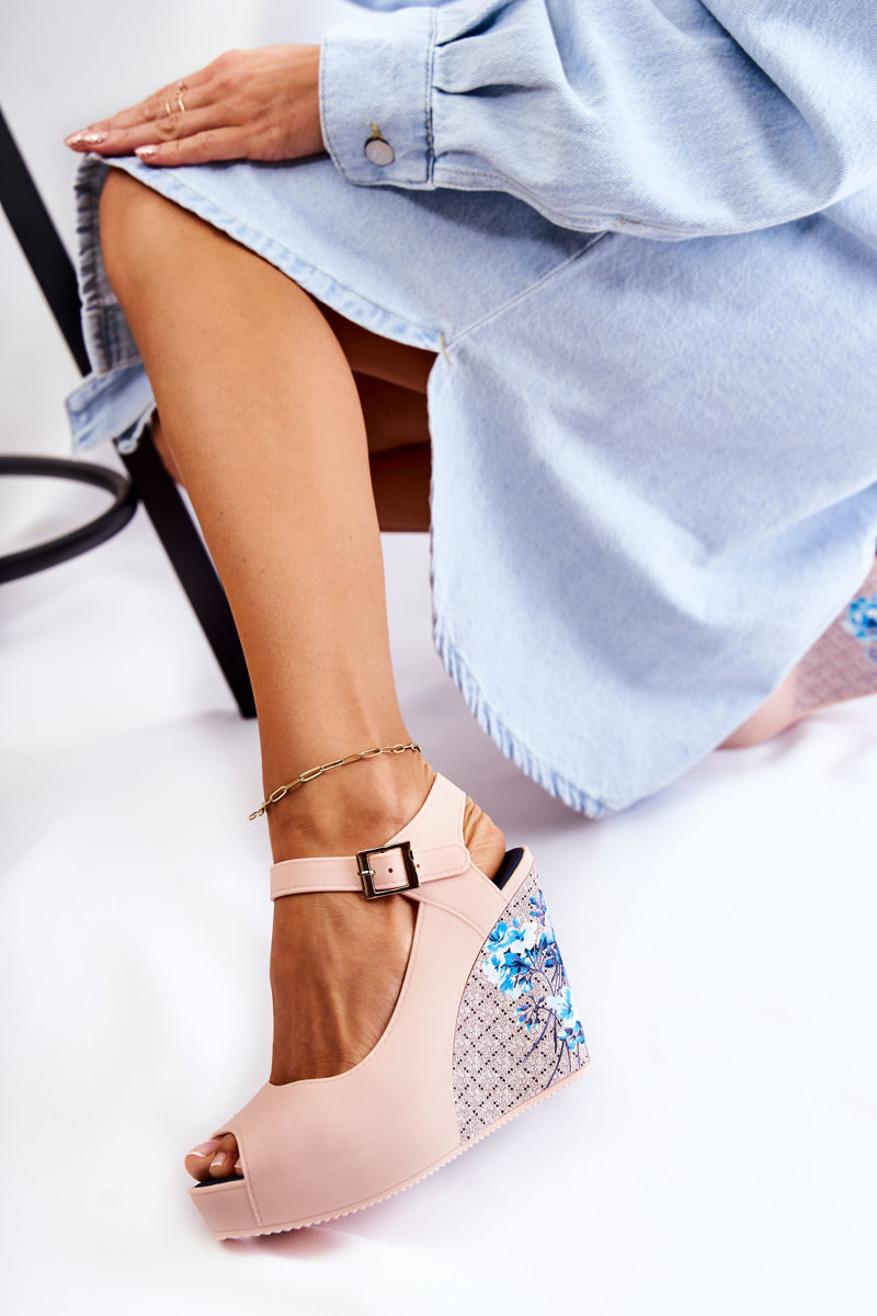 Women's Beige Sandals On Wedges Nemesis