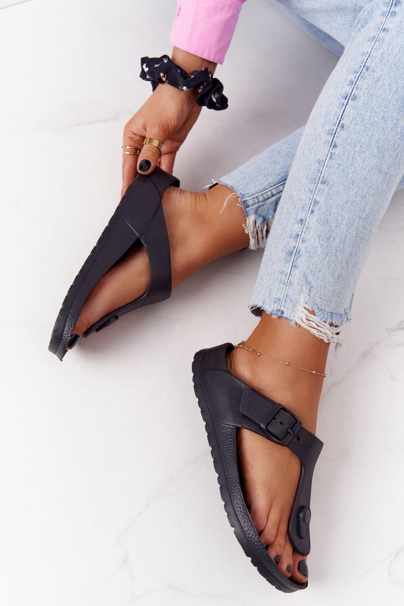Women's Rubber Slippers Flip-flops Black Alma