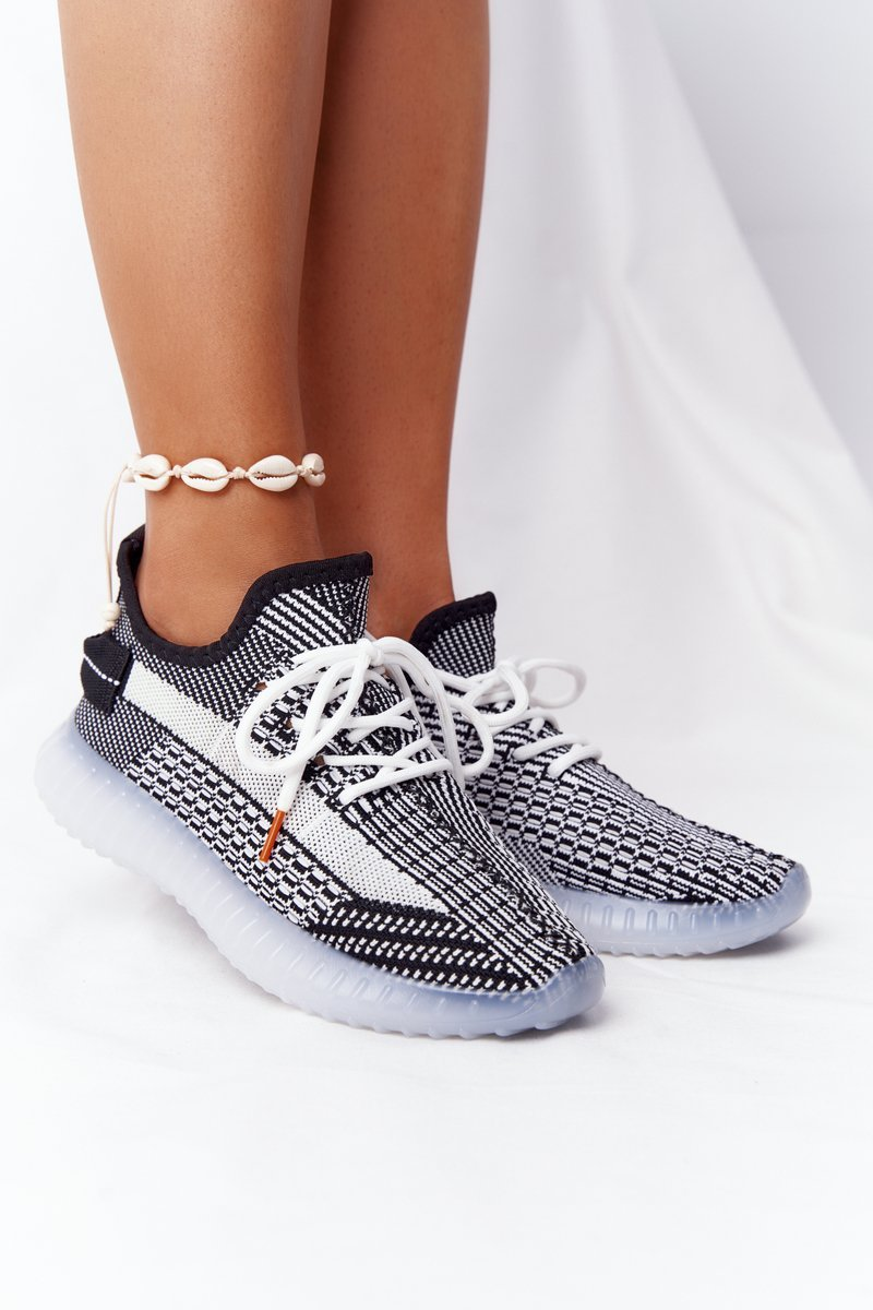 Women's Sports Shoes On A Rubber Sole Black Freestyler